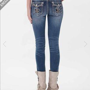 Rock Revival Iselin Skinny Jeans NWOT
